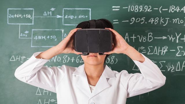 VR智慧教室打造教育全新模式,沉浸式教学备受追捧